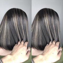 ショートボブ グラデーションカラー ハイライト グレージュ ヘアスタイルや髪型の写真・画像