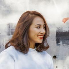 ミディアム ナチュラル ロング モード ヘアスタイルや髪型の写真・画像