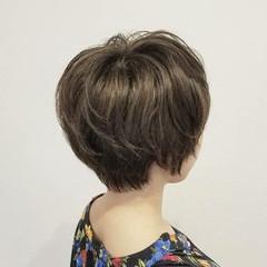 秋 冬 ナチュラル アウトドア ヘアスタイルや髪型の写真・画像