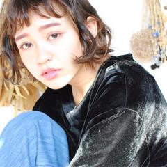 外国人風 暗髪 色気 冬 ヘアスタイルや髪型の写真・画像