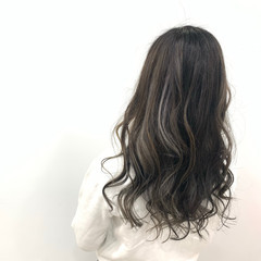 エアータッチ コントラストハイライト セミロング ハイライト ヘアスタイルや髪型の写真・画像