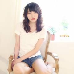 フェミニン 黒髪 大人かわいい ナチュラル ヘアスタイルや髪型の写真・画像