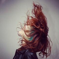 モード インナーカラー 抜け感 ハイライト ヘアスタイルや髪型の写真・画像