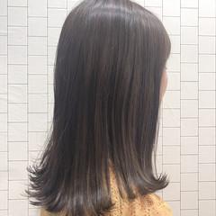 ロング ガーリー 透明感カラー イルミナカラー ヘアスタイルや髪型の写真・画像