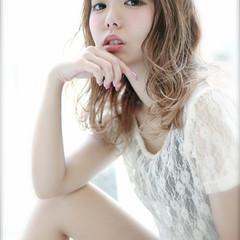 ガーリー 外国人風 グラデーションカラー ゆるふわ ヘアスタイルや髪型の写真・画像