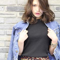 外国人風 パーマ フェミニン ストリート ヘアスタイルや髪型の写真・画像
