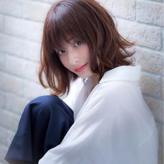 ミディアム 小顔 かわいい ショート ヘアスタイルや髪型の写真・画像