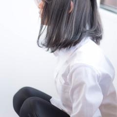フェミニン オフィス グレージュ 黒髪 ヘアスタイルや髪型の写真・画像