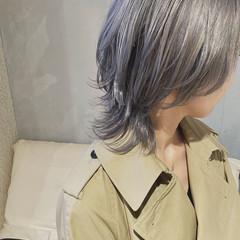 大人ミディアム ミディアム ウルフカット ストリート ヘアスタイルや髪型の写真・画像
