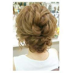 デート フェミニン 結婚式 ウェーブ ヘアスタイルや髪型の写真・画像