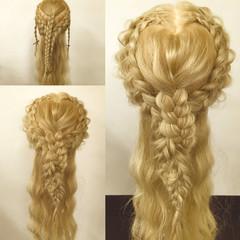 フェミニン ハーフアップ 外国人風 ロング ヘアスタイルや髪型の写真・画像