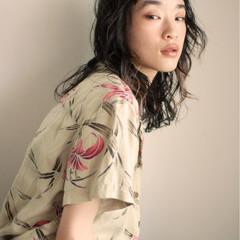 外国人風 ミディアム デジタルパーマ パーマ ヘアスタイルや髪型の写真・画像