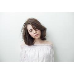 大人かわいい ミディアム 春 アッシュ ヘアスタイルや髪型の写真・画像