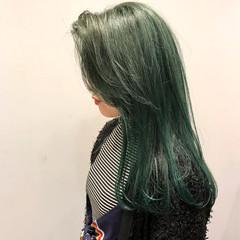 マット ストリート セミロング ダブルカラー ヘアスタイルや髪型の写真・画像