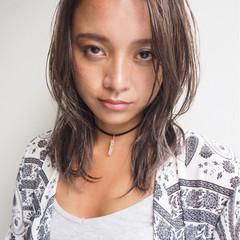 外国人風 プラチナムカラー 外国人風カラー 艶髪 ヘアスタイルや髪型の写真・画像