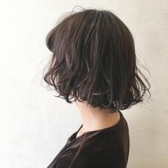 暗髪 前髪あり 黒髪 外国人風 ヘアスタイルや髪型の写真・画像