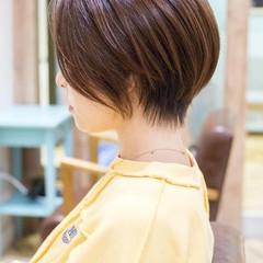小顔ショート ナチュラル 大人かわいい ショートヘア ヘアスタイルや髪型の写真・画像