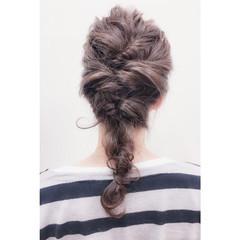 セミロング 簡単ヘアアレンジ 夏 フェミニン ヘアスタイルや髪型の写真・画像