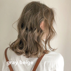 アンニュイほつれヘア 大人かわいい ミディアム ガーリー ヘアスタイルや髪型の写真・画像