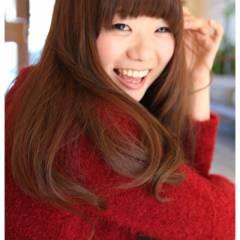 レッド ピンク モテ髪 ナチュラル ヘアスタイルや髪型の写真・画像
