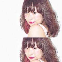 セミロング レイヤーカット ゆるふわ フェミニン ヘアスタイルや髪型の写真・画像