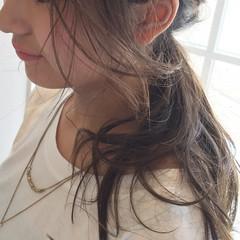 フェミニン ゆるふわ 簡単ヘアアレンジ セミロング ヘアスタイルや髪型の写真・画像