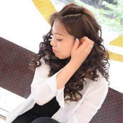 ロング アップスタイル 暗髪 外国人風 ヘアスタイルや髪型の写真・画像