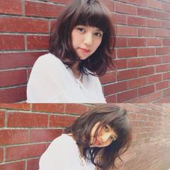 ワイドバング ピュア パーマ フェミニン ヘアスタイルや髪型の写真・画像