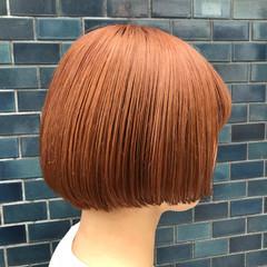 ブリーチ ミニボブ 切りっぱなしボブ ショートヘア ヘアスタイルや髪型の写真・画像