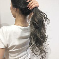 グラデーションカラー ミルクティーベージュ 外国人風カラー ナチュラル ヘアスタイルや髪型の写真・画像