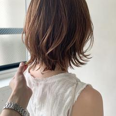 フェミニン 前髪あり アンニュイほつれヘア レイヤーカット ヘアスタイルや髪型の写真・画像