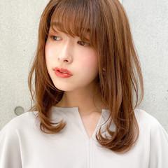 デジタルパーマ レイヤーカット セミロング ナチュラル ヘアスタイルや髪型の写真・画像