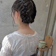 ナチュラル ヘアアレンジ 編み込み ミディアム ヘアスタイルや髪型の写真・画像