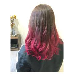 大人かわいい ガーリー ミディアム チェリーピンク ヘアスタイルや髪型の写真・画像