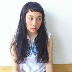 ロング モード 斜め前髪 暗髪 ヘアスタイルや髪型の写真・画像