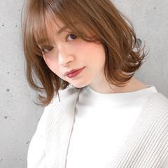 フェミニン 透明感カラー くびれボブ 大人かわいい ヘアスタイルや髪型の写真・画像