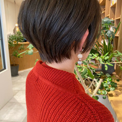 ショートボブ ショートヘア 小顔ショート ナチュラル ヘアスタイルや髪型の写真・画像