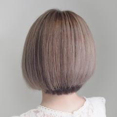 ガーリー ホワイトベージュ ホワイトカラー ダブルカラー ヘアスタイルや髪型の写真・画像