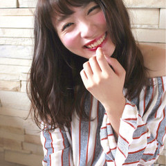 外国人風 ガーリー 渋谷系 アッシュ ヘアスタイルや髪型の写真・画像