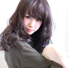 暗髪 大人かわいい 抜け感 セミロング ヘアスタイルや髪型の写真・画像