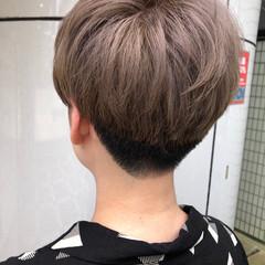 グレージュ ミルクティーグレージュ ブリーチ ダブルカラー ヘアスタイルや髪型の写真・画像