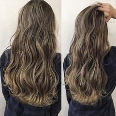 ロング 外国人風カラー ブラウン グレージュ ヘアスタイルや髪型の写真・画像