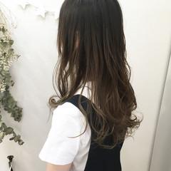涼しげ 外国人風カラー レイヤーカット グラデーションカラー ヘアスタイルや髪型の写真・画像