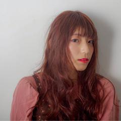 ガーリー ピンク 外国人風 ダブルカラー ヘアスタイルや髪型の写真・画像