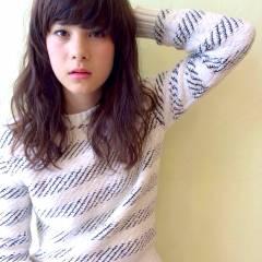 ストリート 外国人風カラー 外国人風 セミロング ヘアスタイルや髪型の写真・画像