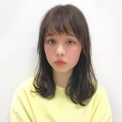 大人女子 フリンジバング 小顔 ミディアム ヘアスタイルや髪型の写真・画像