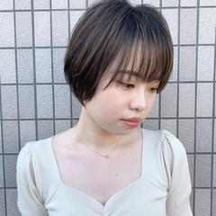 ハンサムショート 大人可愛い ショートヘア ふんわりショート ヘアスタイルや髪型の写真・画像