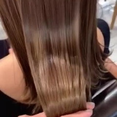 ミディアム ミルクティーベージュ 透明感カラー トリートメント ヘアスタイルや髪型の写真・画像