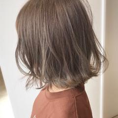ハイライト ナチュラル ボブ ミルクティーベージュ ヘアスタイルや髪型の写真・画像