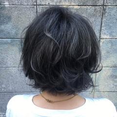 透明感 くせ毛風 アッシュ 暗髪 ヘアスタイルや髪型の写真・画像